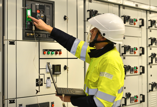 Maintenance of your Low-Voltage switchboard: Why and how?